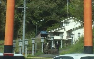 熊本地震 落石 通行止め 扇森稲荷神社